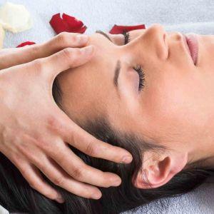 Massage Kobido: Massage du visage auxhuiles Bio